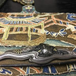 日本 袋物の前金具