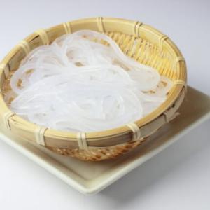 こんにゃく麺と糸こんにゃく(しらたき)の違いとは|代用できないの?