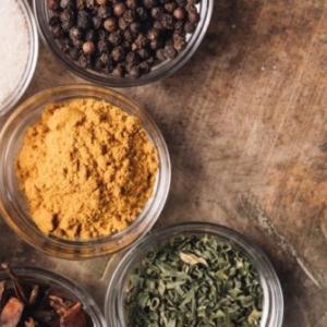 薬味と香辛料とスパイスの違いは何?調味料の豆知識を覚えておこう!