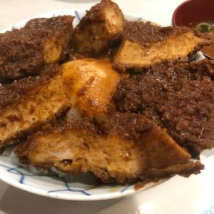 中区栄駅から徒歩3分、味処 叶 で定番の看板商品 元祖 味噌カツ丼 を食べてとんかつのまろやかさに感激した