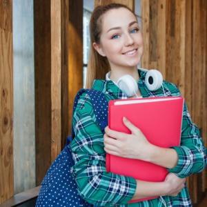 【2020年版】私大職員(大学職員)の年収&就職偏差値ランキングを解説するぞ!!