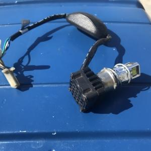 アドレスV100 LEDヘッドライト交換