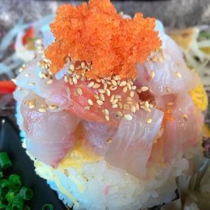 中間市垣生の海鮮丼市場で限定海鮮丼ランチにあら汁を付けて激安!
