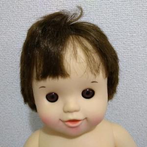 ぽぽちゃんの髪の毛を柔軟剤を使ってサラサラにする。
