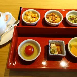【ウエスティン都ホテル京都】ちょっと残念なラウンジ『ティータイム&イブニングカクテルタイム』