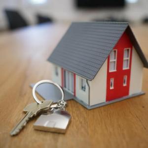 【不動産投資】筋道を立てて知識をつけたい【それなら宅建士?】