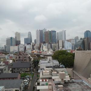 22日、新宿区大久保。