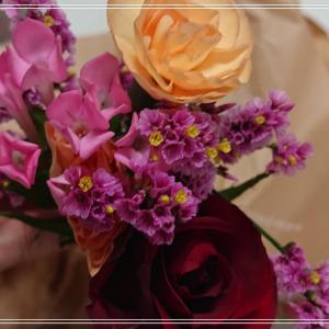 【bloomeeのお花】小さい容器にうつしました*