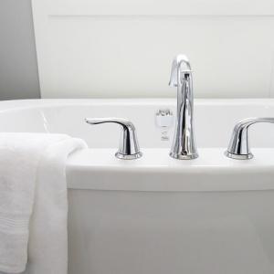 無印良品の白磁歯ブラシスタンドで洗面台でのざわめきが解消された話