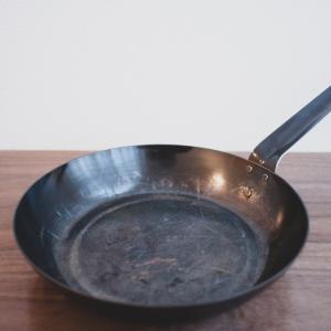 錆びた鉄フライパンを焼き直して復活させる手入れの仕方