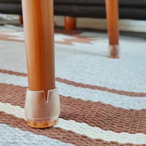 どんな椅子やテーブルにも合う、脚カバーで床の傷防止!【シリコンキャップカバー】