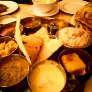 ロンドンのクリスマスが早すぎる件+リサイクル2&ヒンズーのお祭りインドご飯