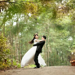 「結婚おめでとう」のインドネシア語は?そのまま使える表現まとめ