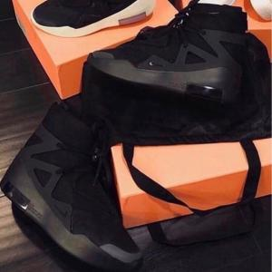 4月25日(土)発売 NIKE AIR FEAR OF GOD 1 TRIPLE BLACK