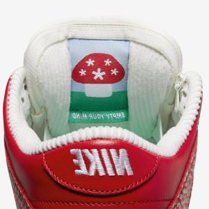 【5月10日(月)発売】Stingwater × Nike SB Dunk Low OG QS Magic Mushroom