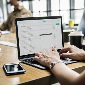 XサーバーのメールをSparkで送受信する設定方法