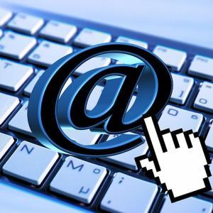 独自ドメインでメールをやりとりするメリットは専門家に見られること