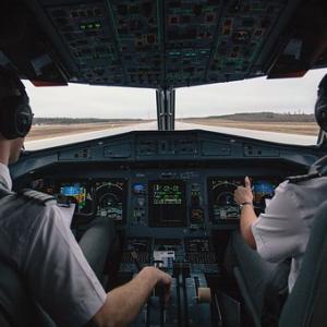 婚活でパイロットを狙うならグランドスタッフ(GS)になろう