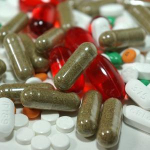 サプリメントは何種類まで?健康効果を聞くと色々と摂りたくなりますが…