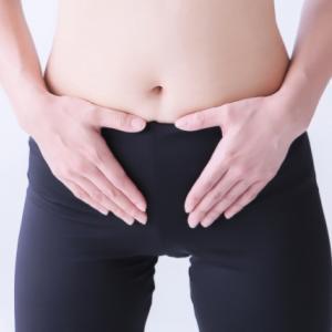 『ねじれ腸』を治して便秘改善|簡単セルフチェックやマッサージなど改善策も