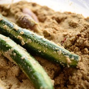『ぬか漬け』にすると野菜の栄養がアップ!?きゅうりの栄養成分やぬか床作りの基本も