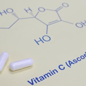 ビタミンCを効率よく摂取するためのポイント3つ!摂る回数やタイミングなど