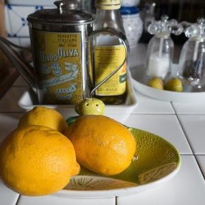 オリーブオイルとレモンで肝臓を元気に!疲労回復に最適な食材。