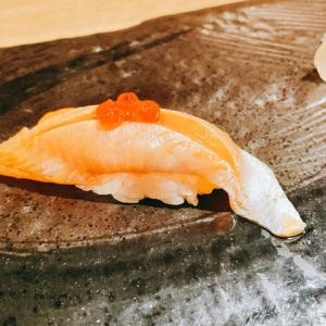 【すすきの】蝦夷前&琉球前の融合を楽しめる「立喰い処 ちょこっと寿し」