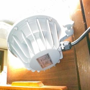 投光器を設置しました