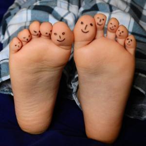 自閉症息子のこだわり‗靴や靴下を片方だけ脱ぐ
