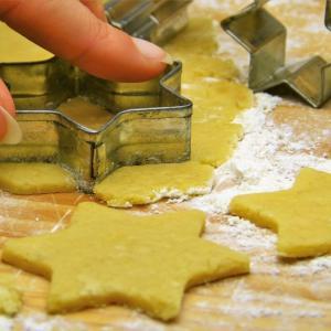 自閉症児育児日記‗動画と絵カードで楽しくクッキー作り‗2020.1.12