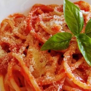 20分で誰でもできる簡単パスタ料理!基本のトマトソース