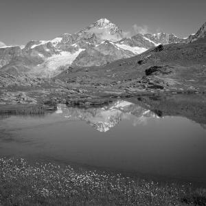 アルプスの風景(モノクロ版) ツェルマット 67  ダン・ブランシュとリュッフェルゼー.