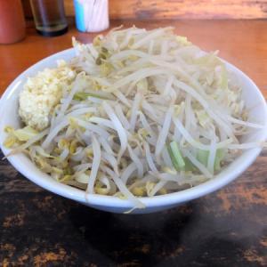 宇都宮奥州街道沿いにある二郎系ラーメン「じろきん」 普通盛りでも野菜たっぷり山盛りな一杯にお腹一杯になること間違いなし!