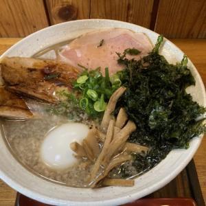 冬の定番メニュー「雷鳥」を頂きに再び「麺栞みかさ」へ再訪 美味しいだけじゃない!背脂雪化粧が美しい極上の一杯