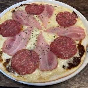 宇都宮で一番濃いミートソース「宇都宮スパ屋」再び 濃厚ミートソースで作ったピザを堪能してきた