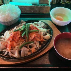 宇都宮駅東口、串焼きBAL「バルーンフラワー」 豚キムチとスキヤキの融合!?すき焼き風豚バラキムチの鉄板焼きを食べてきた