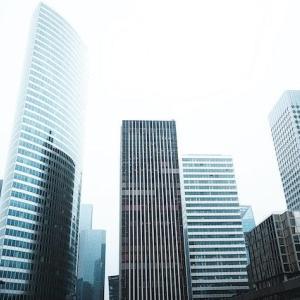 天下の電通が自社ビル売却を発表:コロナをキッカケに自社ビルはもちろんオフィスビルそのものに対する価値観変化が加速していく??