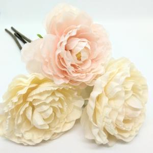 ★キャンドゥ★優しい色合いの可愛いお花♡