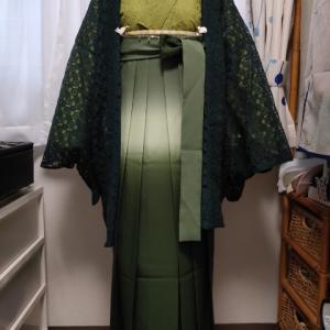 緑系ワントーン袴コーデ