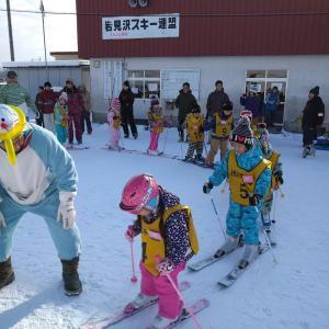 雪不足で大会が次々と中止になっています。