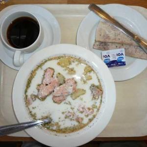 フィンランドの定番・サーモンのスープ、どこが美味?(その1)