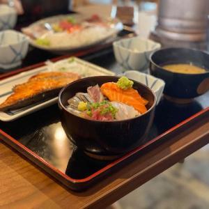 浜町に新しくできたコスパ重視の美味しい定食屋さん 魚や 上なり(かみなり)