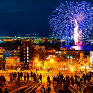 函館海上冬花火2020/冬に見る花火は格別に綺麗!開催情報と地元民が選ぶオススメスポット!