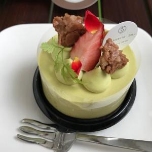 函館市北美原にあるパティスリーシュウは店内でケーキやパフェも食べれる!バレンタインの贈り物に迷ってるなら要チェック!