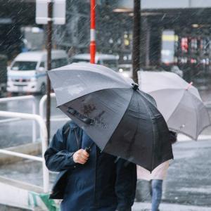 台風に備える3連休。台風から離れている地域も注意が必要です。