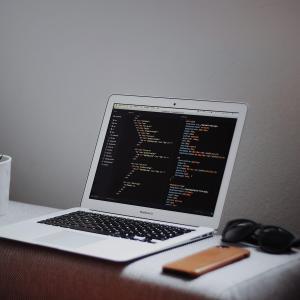 [Python] python-pptxを使ってパワーポイントを自動で作成する。
