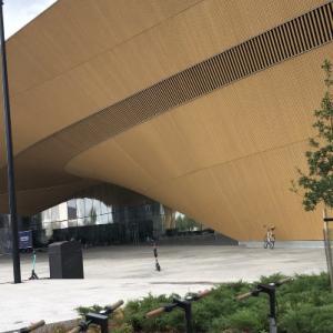 【入場無料】ヘルシンキ中央図書館のOodiは世界最高の図書館!