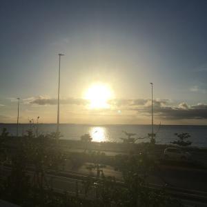 西海岸から見る沖縄の景色