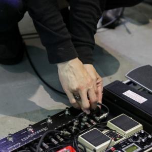 【失敗する前に】One Control Chamaeleo Tail Loop MKIIをライブで使った感想を書きます。
